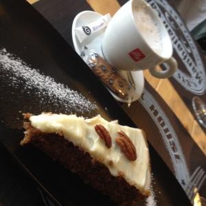 Carrot cake Manhattan café, Poitiers